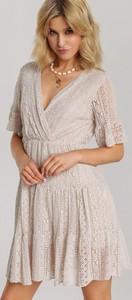 Sukienka Renee z krótkim rękawem rozkloszowana