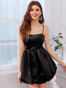 Czarna sukienka Duuf na ramiączkach bombka