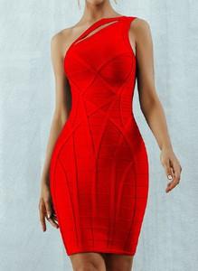 Sukienka Arilook asymetryczna bez rękawów mini