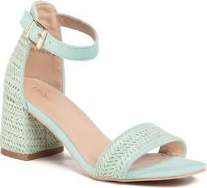 Zielone sandały DeeZee