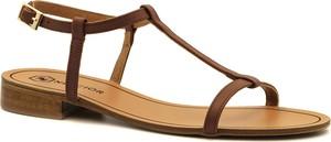 Brązowe sandały Neścior z klamrami ze skóry w stylu casual