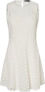 Sukienka Vero Moda z okrągłym dekoltem bez rękawów