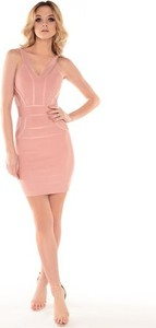 107e7658e7 Różowa sukienka Kelly Couronne dla puszystych