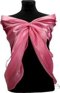 Różowy szalik Fokus