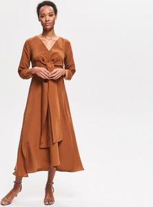 Brązowa sukienka Reserved z dekoltem w kształcie litery v w stylu casual z długim rękawem
