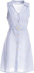 Sukienka Multu mini z dekoltem w kształcie litery v bez rękawów