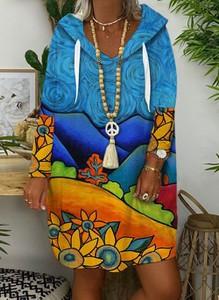 Niebieska sukienka Cikelly z dekoltem w kształcie litery v