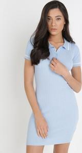 Niebieska sukienka born2be z krótkim rękawem