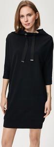 Czarna sukienka FEMESTAGE Eva Minge z bawełny z długim rękawem