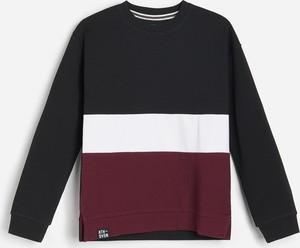 Czarna bluza dziecięca Reserved w paseczki