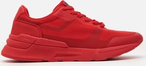 Czerwone buty sportowe Cropp sznurowane
