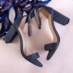 Granatowe sandały Royalfashion.pl na obcasie z klamrami