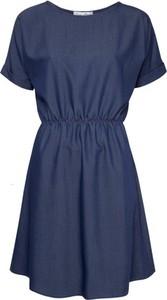 Niebieska sukienka Kasia Miciak design mini z jeansu