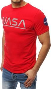 Czerwony t-shirt Dstreet z krótkim rękawem z nadrukiem