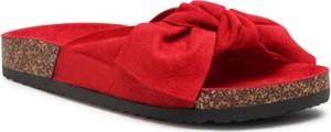 Czerwone klapki DeeZee z płaską podeszwą w stylu casual