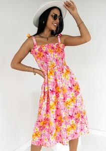 Sukienka Latika trapezowa