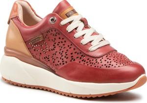 Czerwone buty sportowe PIKOLINOS sznurowane