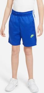 Niebieskie spodenki dziecięce Nike z dzianiny