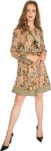 Sukienka Milena Płatek z długim rękawem