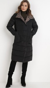 Czarny płaszcz born2be w stylu casual z tkaniny