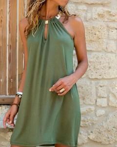 Zielona sukienka Kendallme bez rękawów z dekoltem typu choker