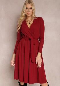 Sukienka Renee z dekoltem w kształcie litery v kopertowa midi
