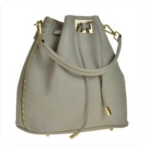 41d0a76952087 modne torebki z ćwiekami - stylowo i modnie z Allani