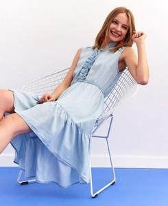 Sukienka Top Secret bez rękawów w stylu casual z dekoltem w kształcie litery v