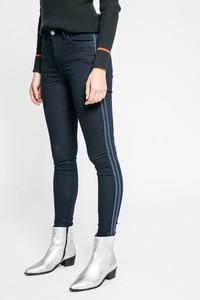 Jeansy Pepe Jeans w sportowym stylu z bawełny