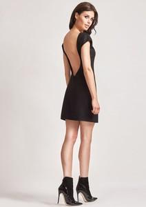 Sukienka M. Choice z tkaniny dopasowana