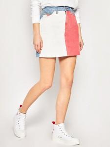 Spódnica Tommy Jeans w młodzieżowym stylu