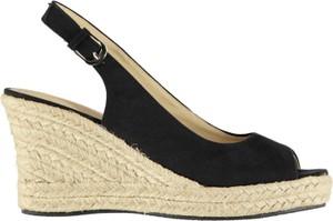 c334490e90a5b4 eleganckie buty damskie na koturnie - stylowo i modnie z Allani
