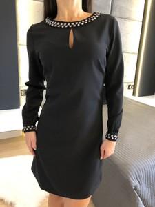 Czarna sukienka ModnaKiecka.pl mini z okrągłym dekoltem z długim rękawem