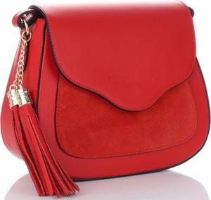 Czerwona torebka VITTORIA GOTTI z frędzlami ze skóry