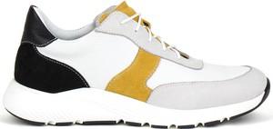 Buty sportowe AKARDO z weluru sznurowane