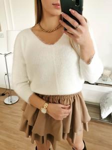 Sweter Perfe z wełny w stylu casual