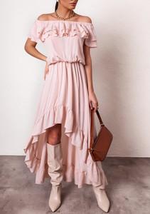 Różowa sukienka Latika hiszpanka z krótkim rękawem