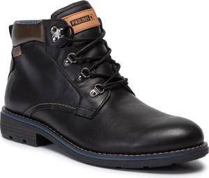 Czarne buty zimowe PIKOLINOS
