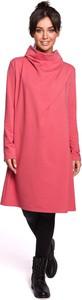 Różowa sukienka MOE z golfem w stylu casual z bawełny