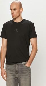 T-shirt Calvin Klein w stylu casual z dzianiny