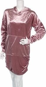 Różowa sukienka Reserved z długim rękawem w stylu casual prosta