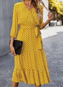 Sukienka Arilook midi z dekoltem w kształcie litery v