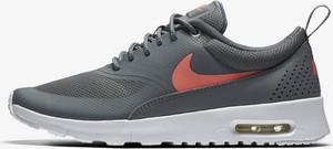 Buty sportowe Nike air max thea z płaską podeszwą w sportowym stylu