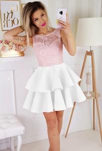 Sukienka E-sukienki.pl z neoprenu z okrągłym dekoltem