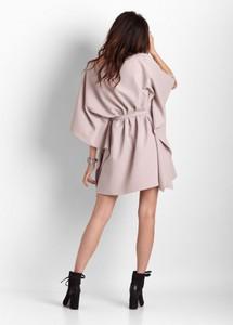 Różowa sukienka Ivon mini z długim rękawem