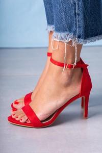 Sandały Casu ze skóry w stylu klasycznym na szpilce