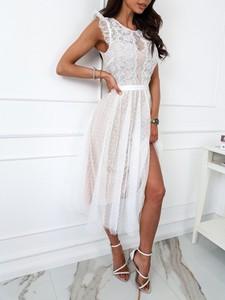 Sukienka Infinityfashion.pl midi z krótkim rękawem