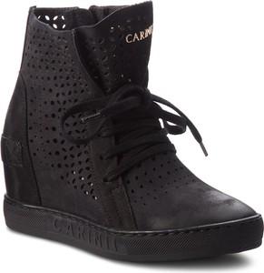Czarne botki Carinii w stylu casual na koturnie ze skóry