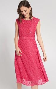 Różowa sukienka QUIOSQUE bez rękawów