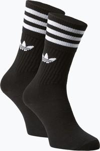 Czarne skarpetki Adidas Originals w sportowym stylu